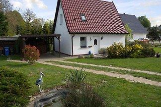 Ferienhaus mit Terrasse und Gartengrundstück