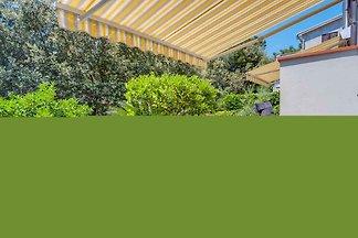 Ferienwohnung mit Terrasse nur 50 m zum