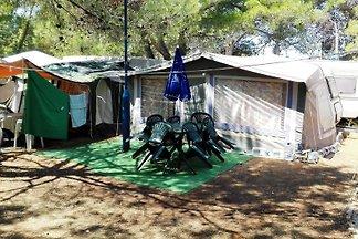 Bungalow Karavan sátorral és légkondicionáló