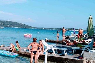 Ferienwohnung 40 m von Strand und mit 2 Bäder