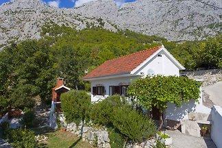Ferienhaus in ruhiger Lage mit Jacuzzi
