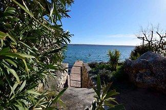 Ferienwohnung 10 m vom Strand
