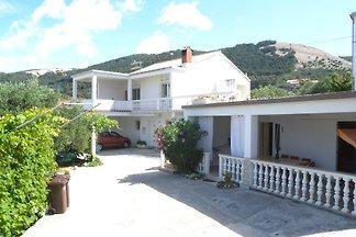 Ferienwohnung mit 30 qm Terrasse und