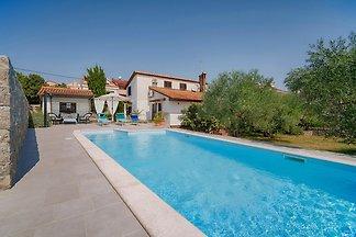 Ferienhaus mit mediterranen Naturlandschaft u