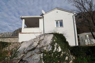 Ferienhaus mit Terrasse und am Waldrand