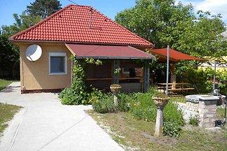 Ferienhaus nur 200 m vom Strand