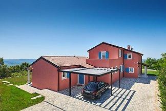 Villa mit Pool und Panoramenblick