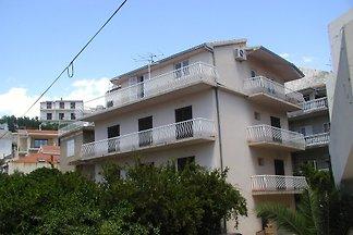 Apartamento en Podgora