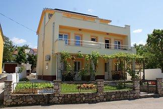 Vakantie-appartement in Jadranovo