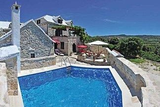 Ferienhaus mit Schwimmbad