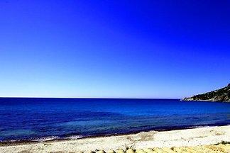 Villa Gennemari sulla spiaggia di sabbia