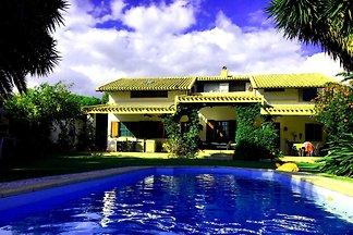Villa Alisei a Strand mit Pool WLAN