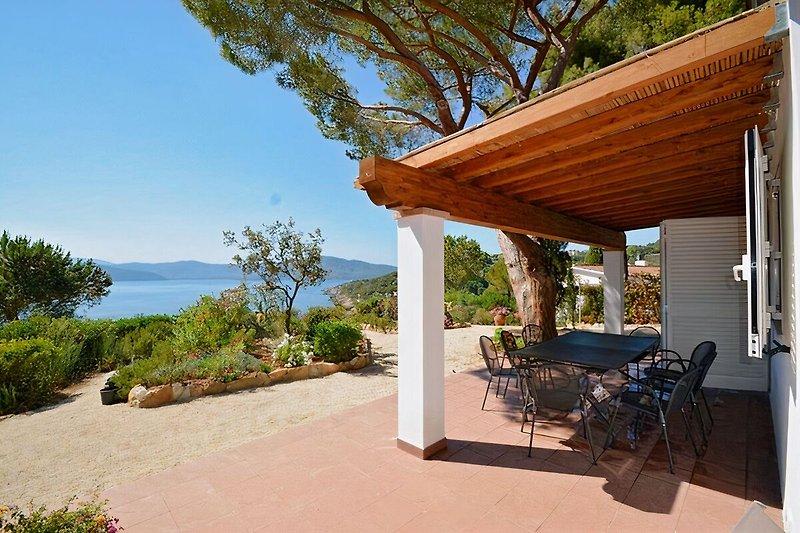 Villa Bernardi für 5 -6 Pers., 130 m vom Strand