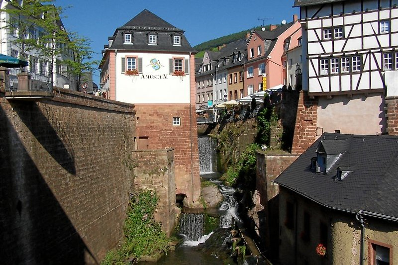 Der Wasserfall in Saarburg - eines der Wahrzeichen der Stadt