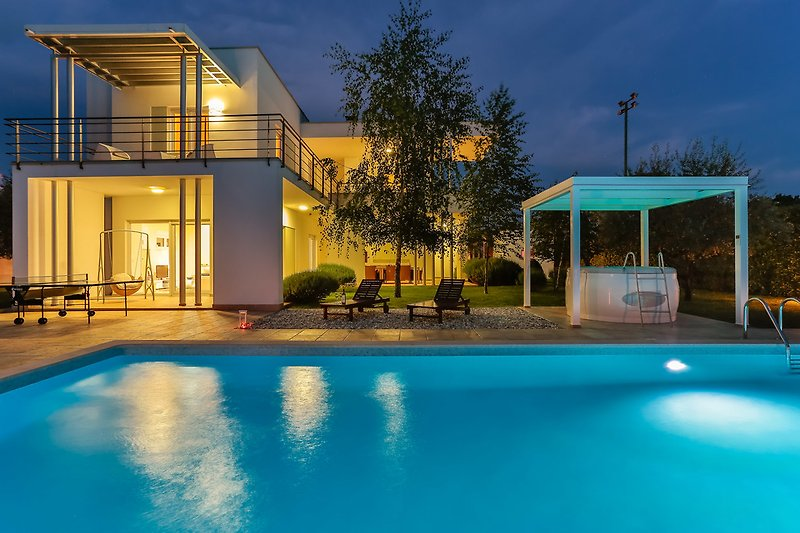 5* Smrikve Lounge Villa