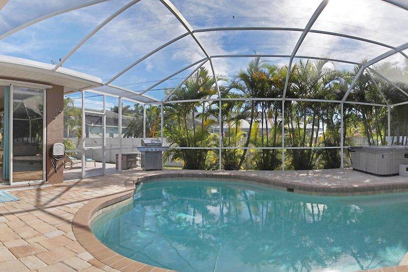 Villa Nova - Pool area