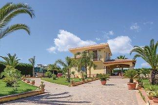 villa Miry