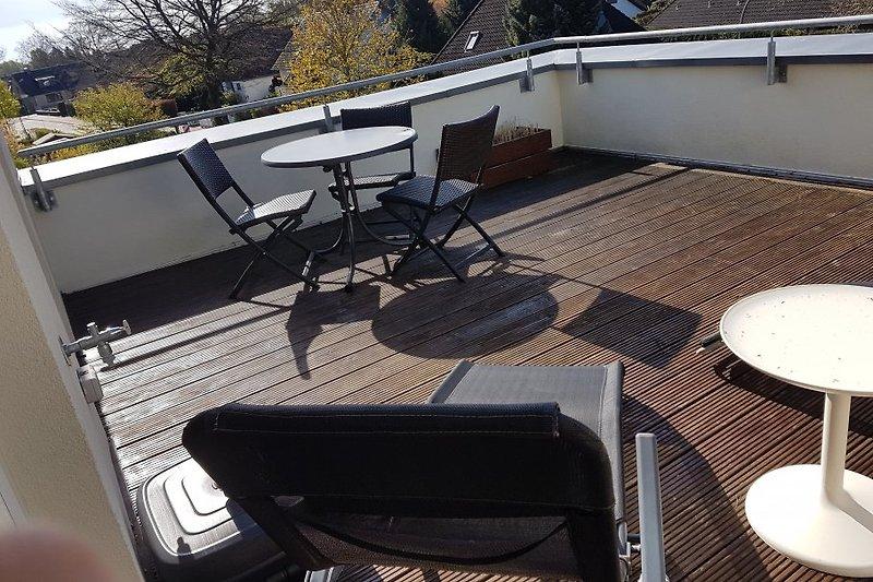 sonnige Dachterrasse