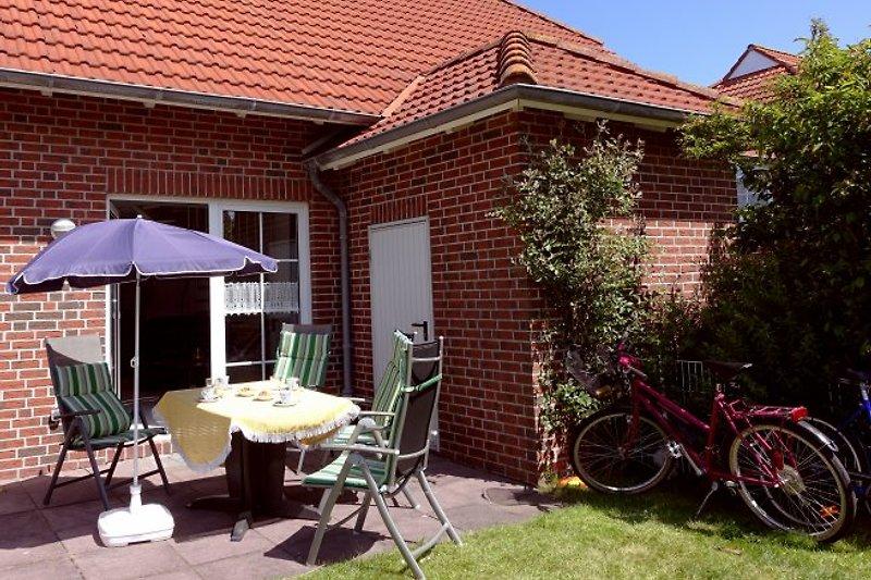 Ferienhaus Seestern mit Frühstücks-Terrasse