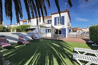 Holiday home in Empuriabrava
