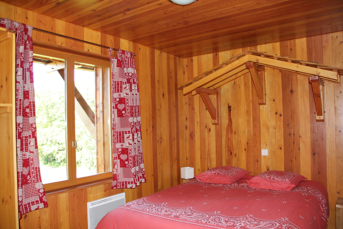 chalet 18 personnes 6 chambres in Le Thillot - Firma CHALETS ...