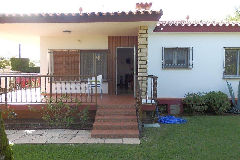 Haus mit Eingangstür