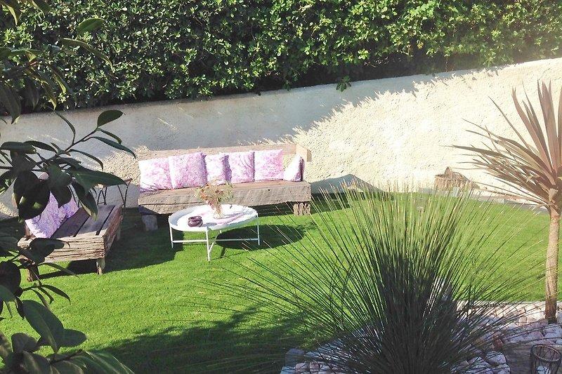 Garten salon und verschiedenes Gartenmobilier