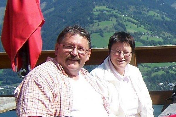 Sr. y Sra T. Petri