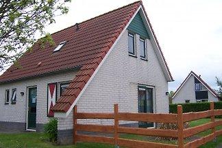 Einzelhaus mit Garten & Terrasse