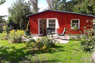 Häuschen im Garten an der Havel