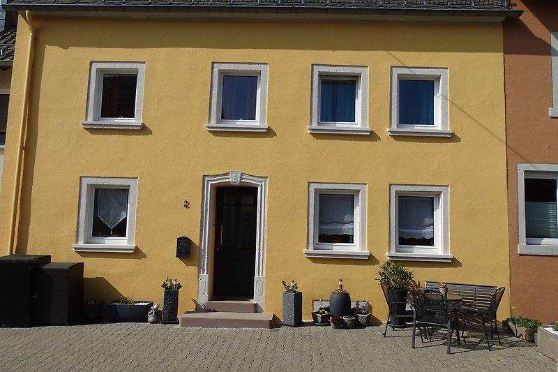 Hausfassade / Eingang