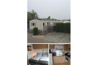 Ferienunterkunft in Burgh-Haamstede, Zeeland  * 40m²  * 2 Schlafzimmer  * 3 HUND(e) erlaubt  * eingezäuntes Grundstück  * Strand-, Wald- und Stadtnah  Neu renoviert im Sommer 2019