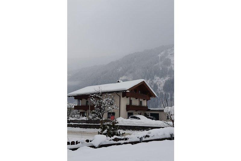 Landhaus Tyrol Winter