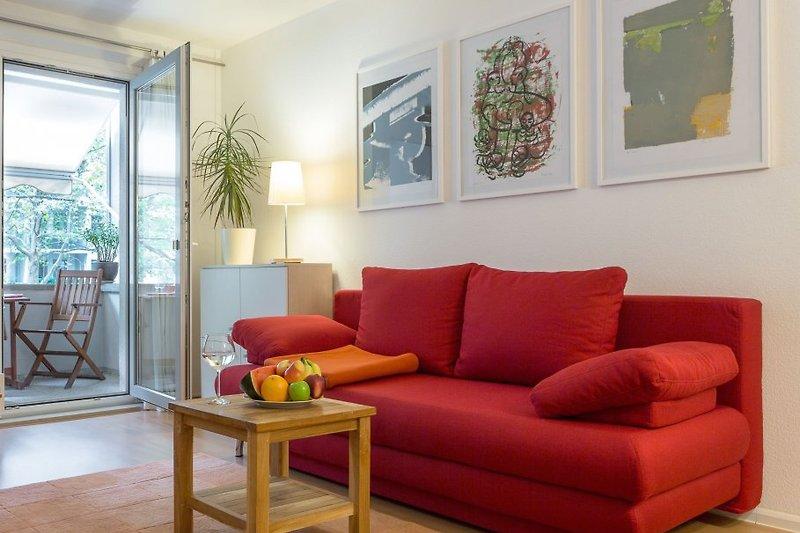 Wohnzimmer mit Sofa-Bett für 2 Personen