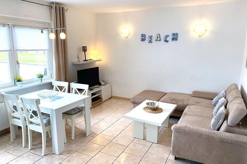 Haus Holiday Dahme: Ferienwohnung Holiday 1 Wohnbereich