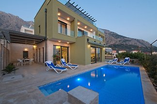 Villa Camellia With Private Pool