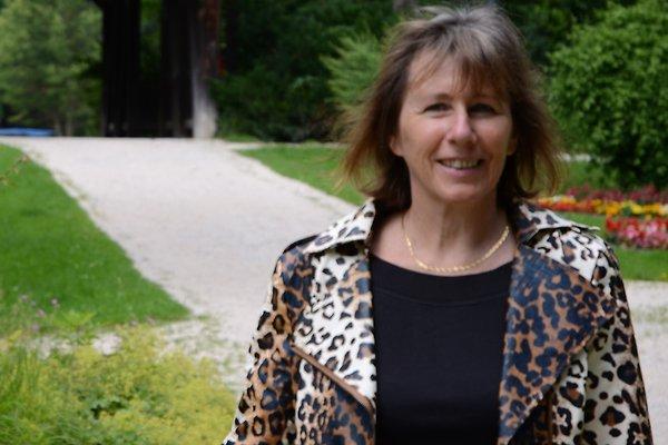 Frau B. Hoffmann