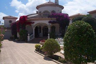 Casa Edith May