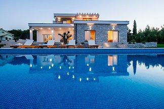 Villa Ena-NEW