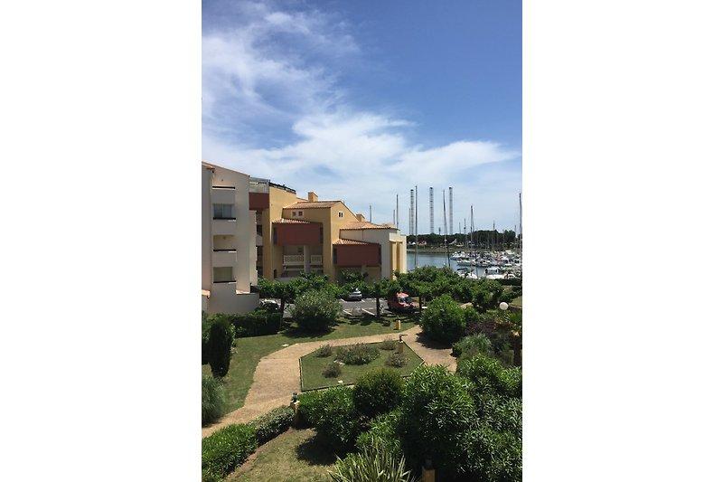 Blick zum Hafen