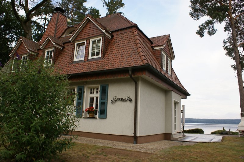 Haus mit Seeblick