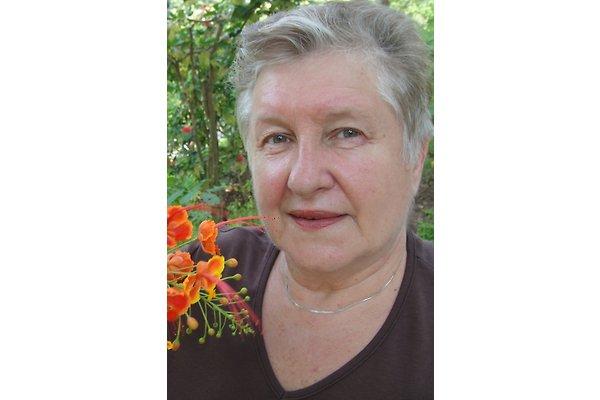 gospođa I. Hošnjak