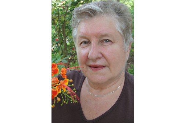 Mrs. I. Hošnjak