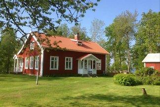 """Haus """"Sandvik Skola"""" am Ruskensee"""