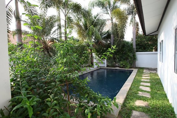 Villa mit privatem Pool          B7 in Pattaya - Bild 1