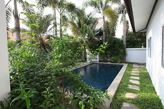 Villa mit privatem Pool          B7