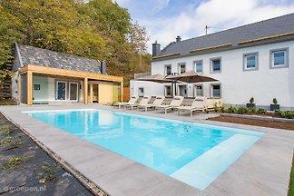 Luxus und Komfort in der deutschen Eifel, ausschliesslich für Gruppen