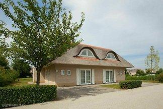 Villa Hellevoetsluis HLS-2157