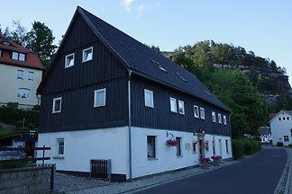 """Haus des Schuhmachers FeWo """"Burg"""""""