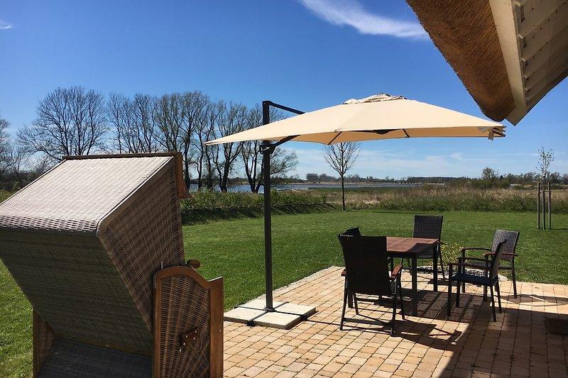 Terrasse mit Wasserblick